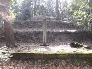 前田利家の墓
